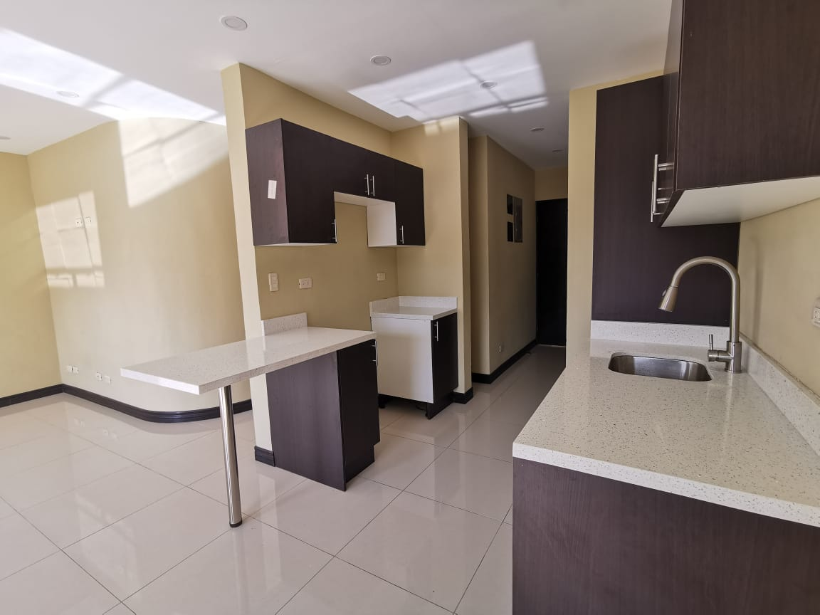 2026 Vendo Casa en Residencial Rivergrand Escazu