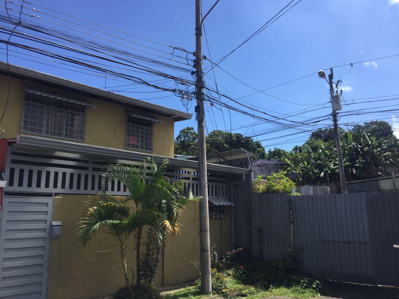 2198 Oportunidad de Inversión, excelente retorno – Propiedad con 4 Apartamentos