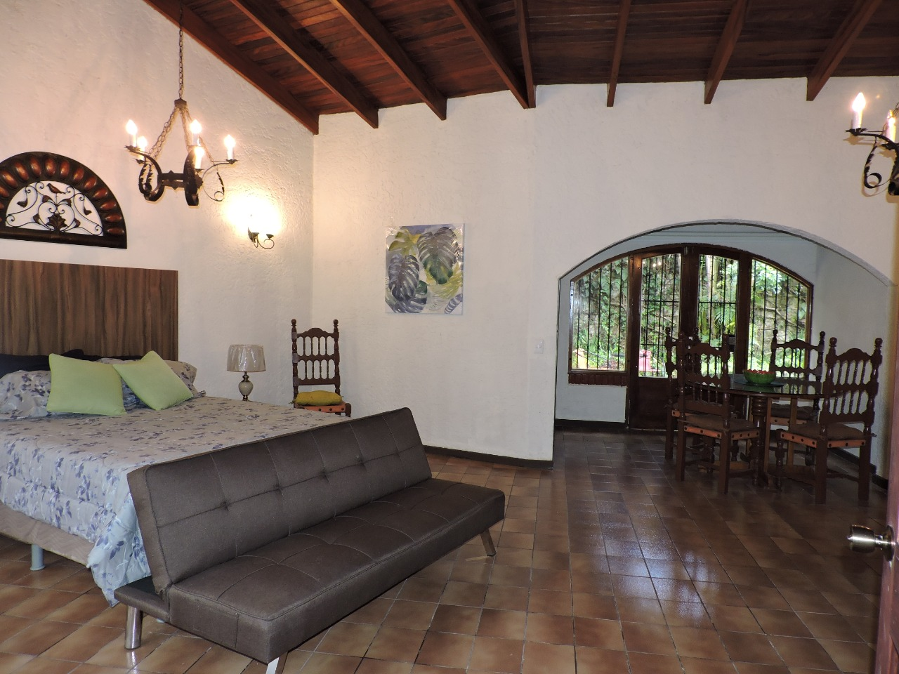 #2144 Alquilo Apartamento Amoblado en Sabana Sur