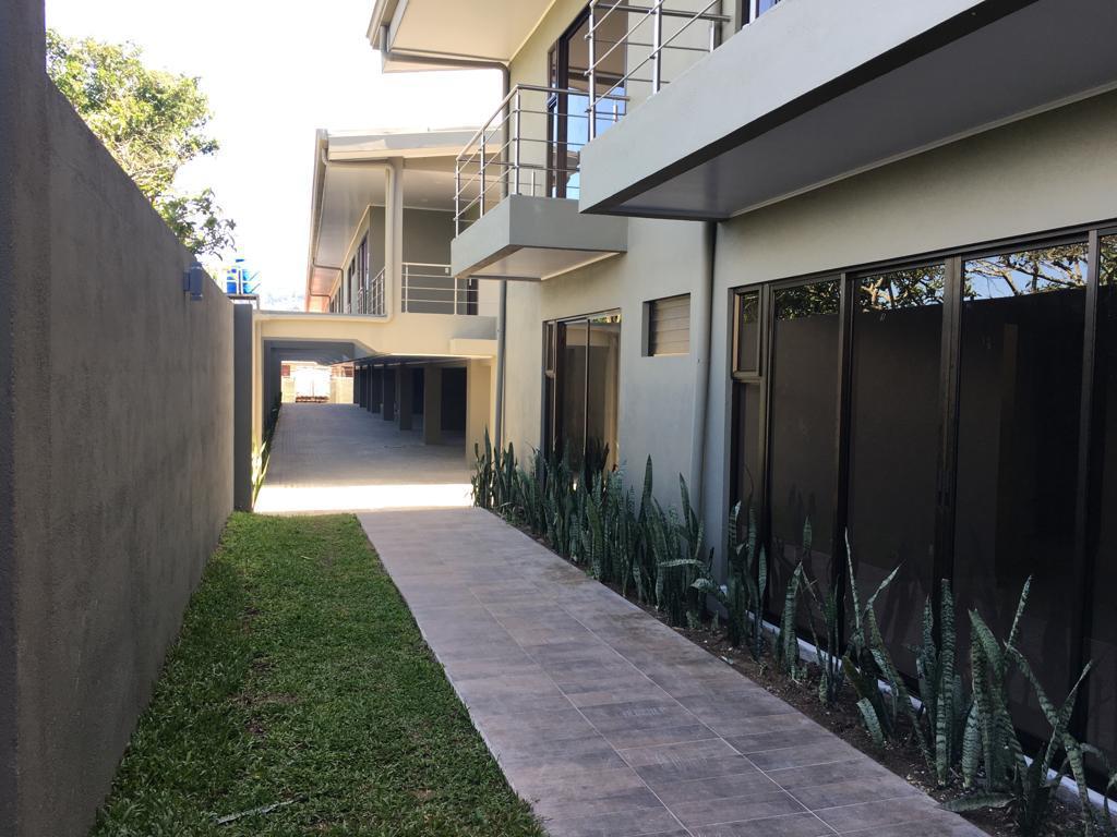 #2213 Apartamentos en San Luis  de Santo Domingo