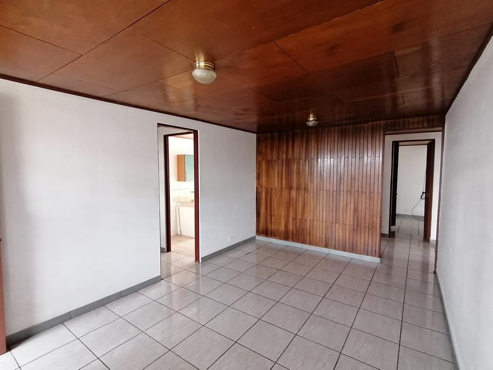 2000 Vendo Bonita casa de una planta en Pavas