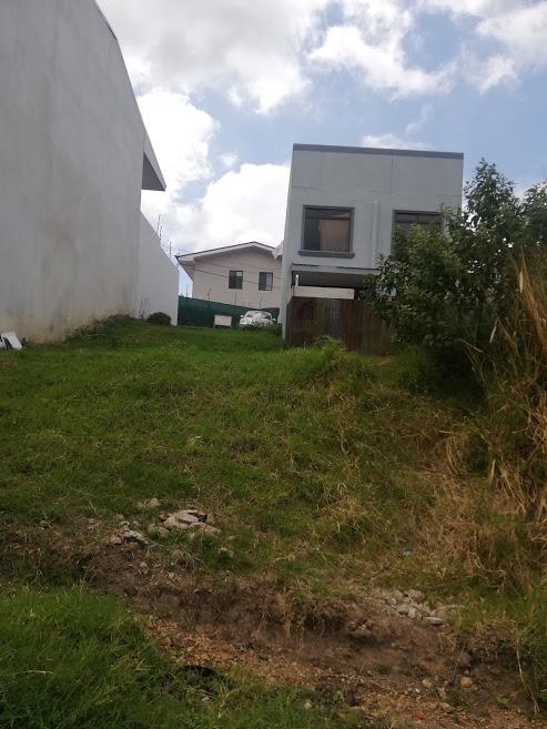 2171 Se Vende Lote con vista a las montañas, San Antonio Escazu