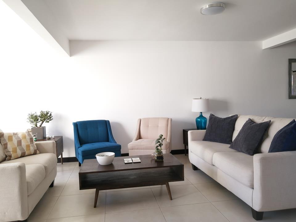 2122 Casa en condominio a precio de Oportunidad, Santo Domingo Heredia