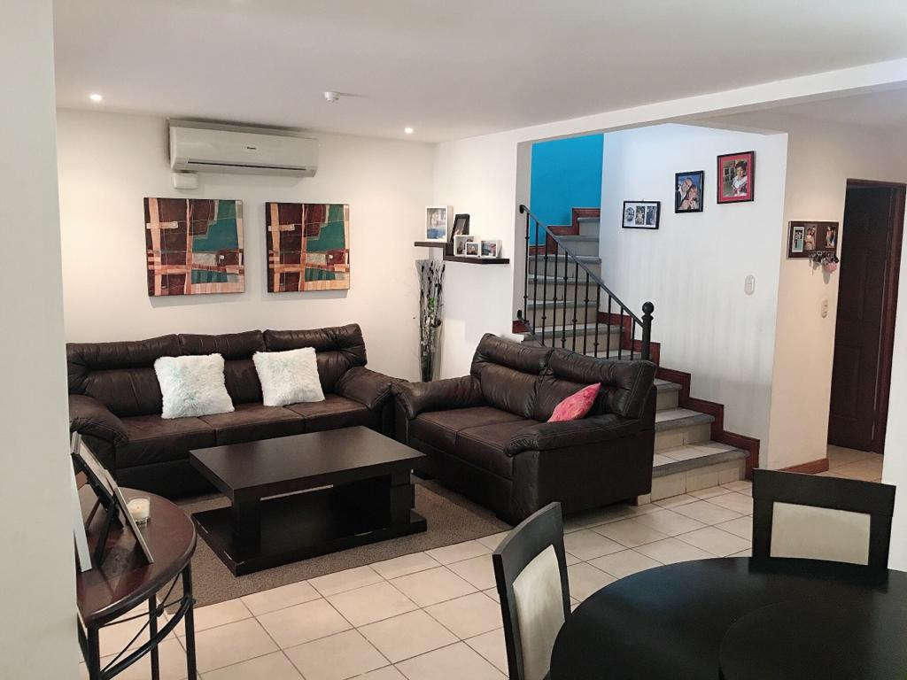 #2116 Beautiful house in residential, Santa Ana