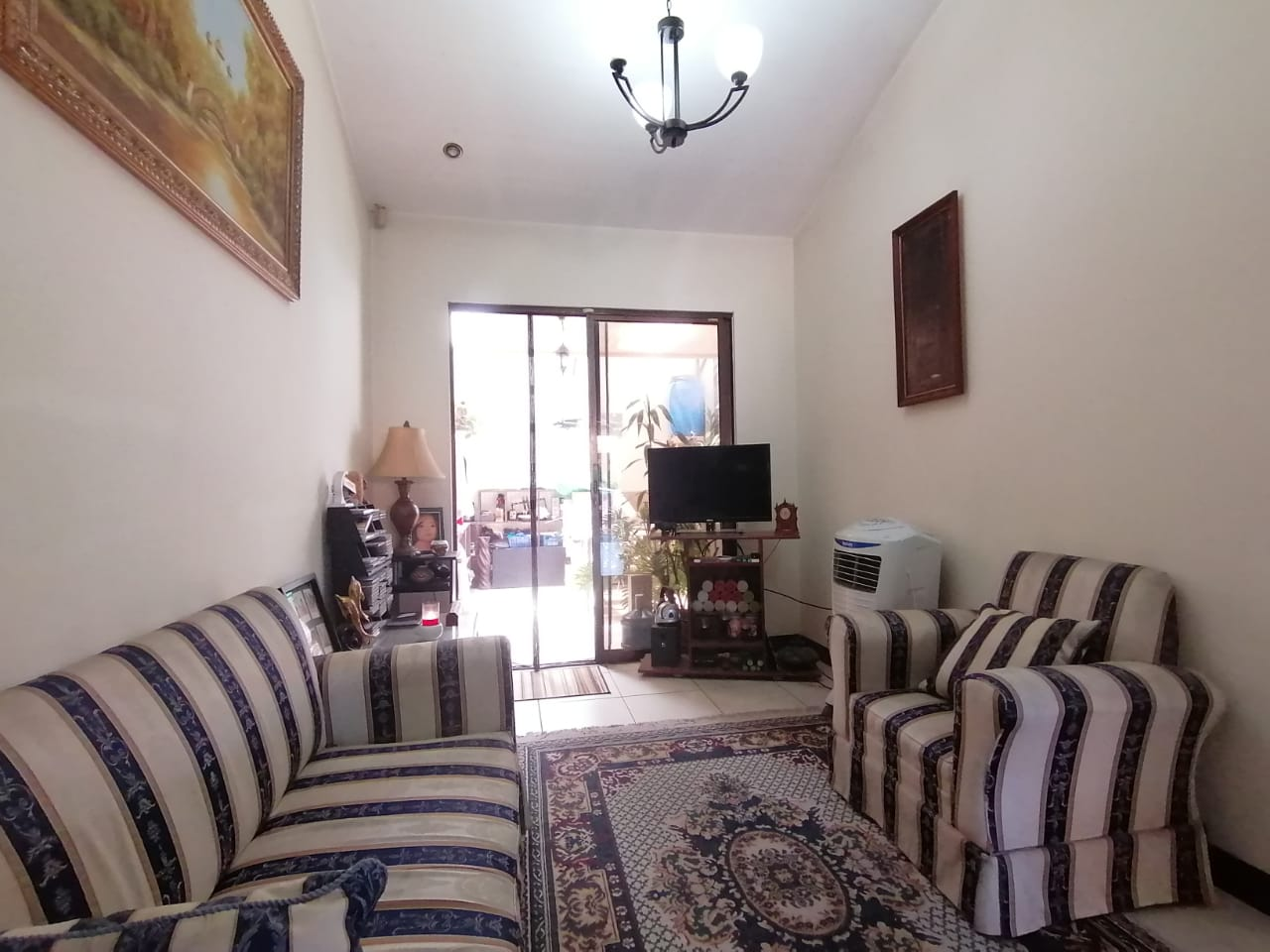 2137 Se Vende condominio en San Agustin Heredia
