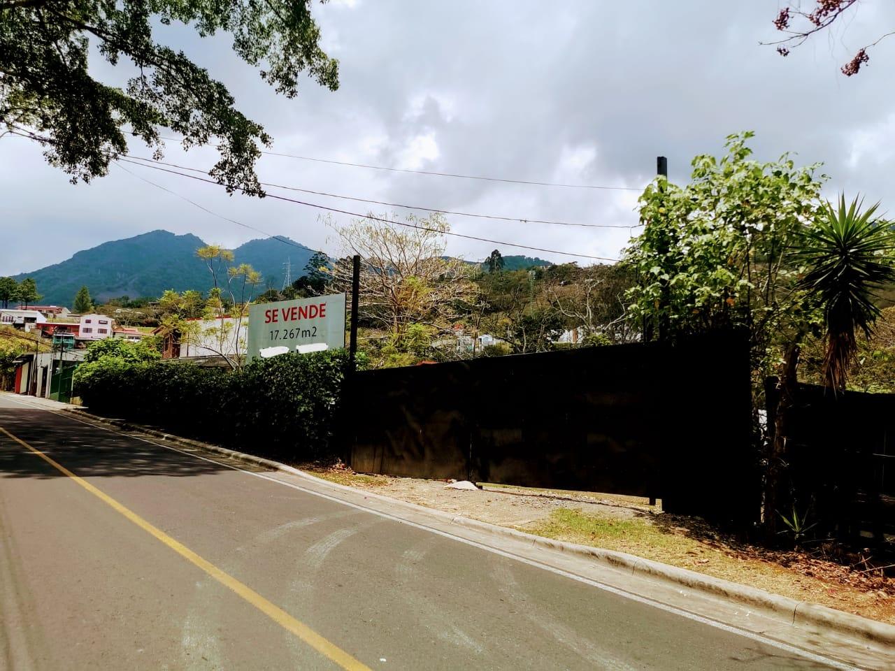 2275 Vendo Lote Uso Mixto de 17.267m2 en San Antonio de Escazú
