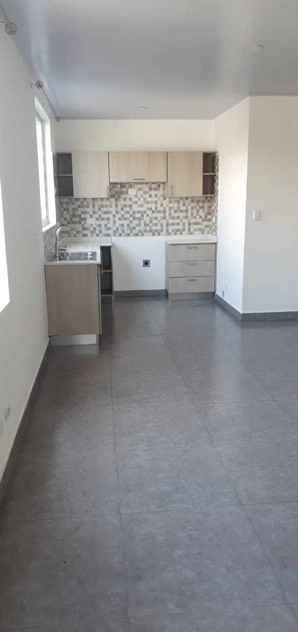 #2296 Apartamento en Pozos de Santa Ana ( Lindora )