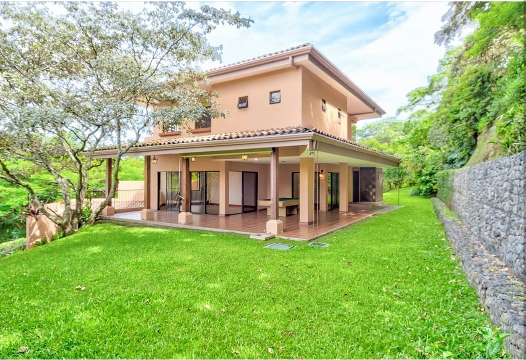 #2292 Precio REBAJADO en Condominio Villa Real