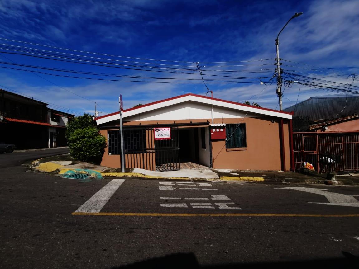 695 Casa de una planta en Pozos