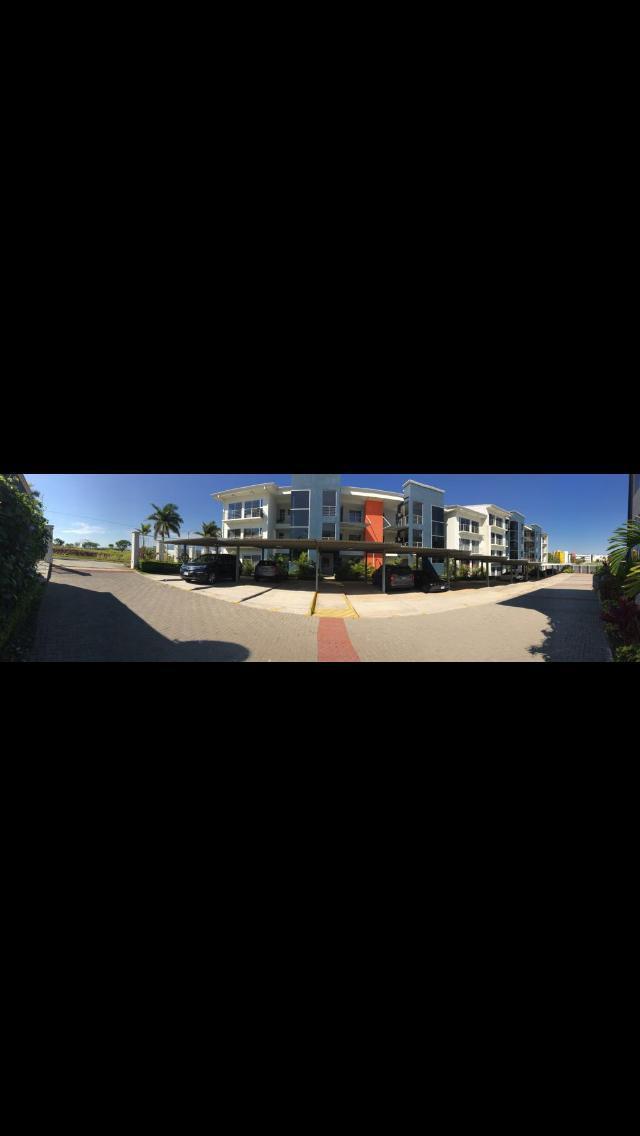 #2325 Apartamento totalmente amueblado en Real Cariari $ 1000 dolares alquiler.