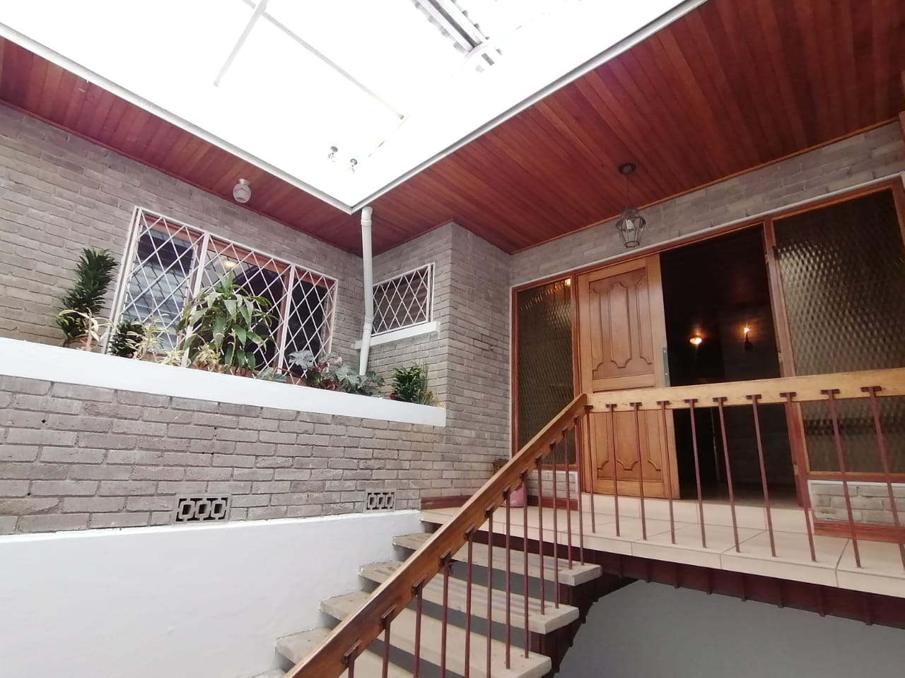 675 For Sale House in one story with mixed use, Curridabat