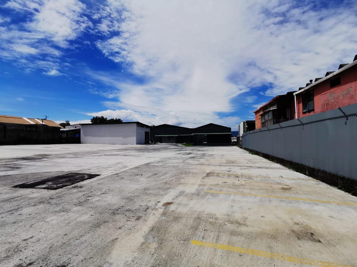 2372 Bodega industrial en Santo Domingo de Heredia