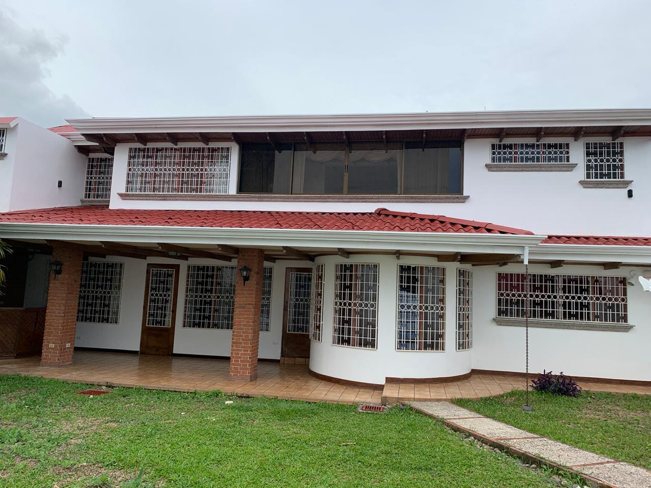 2426 Casa independiente en Rohrmoser