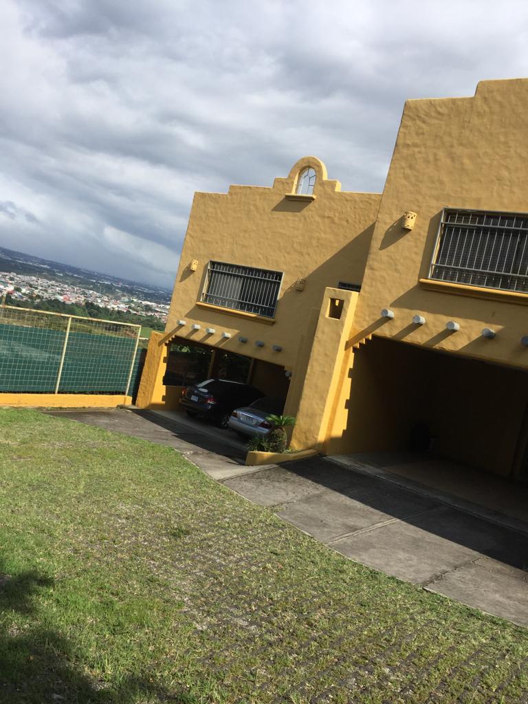 2425 condominio amoblado  en Guachipelin