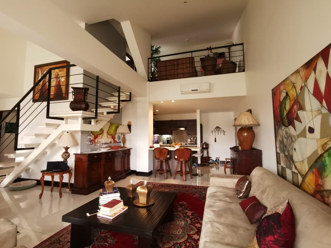 #2469 Hermoso Apartamento en condominio Montesol Santa Ana