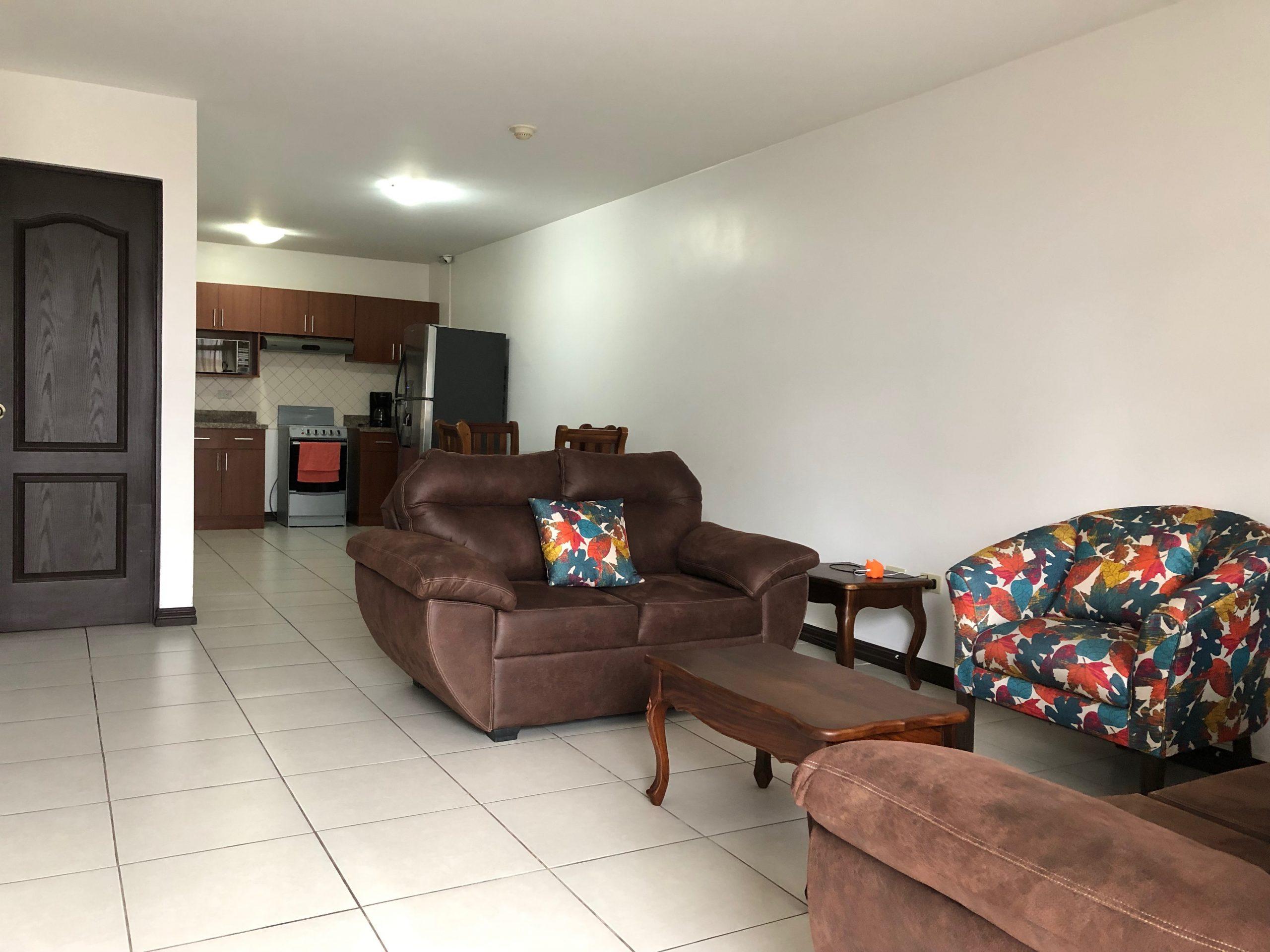 2481 Apartamento en venta en Pinares