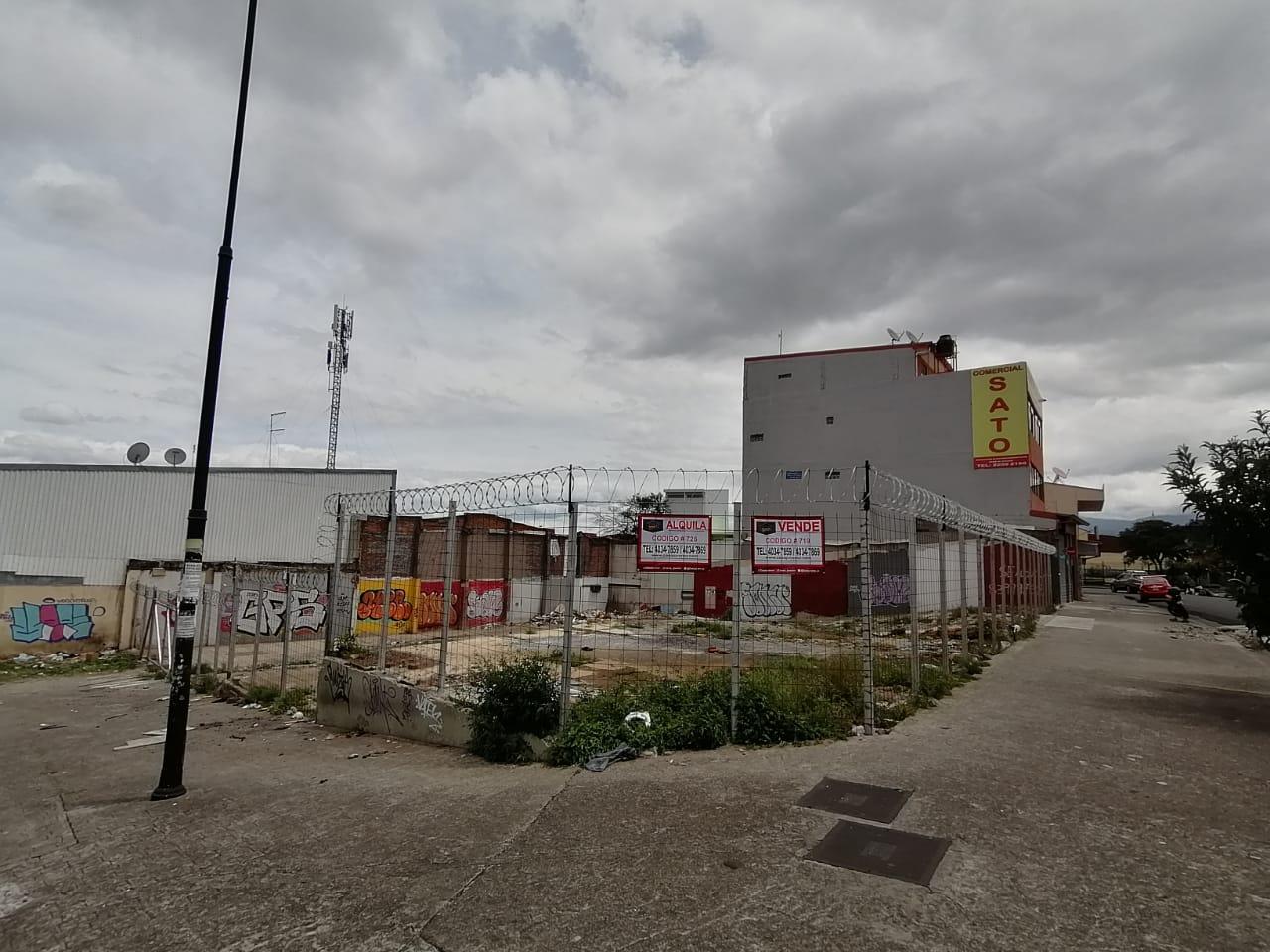 719 Se Vende Lote Comercial Esquinero En San José