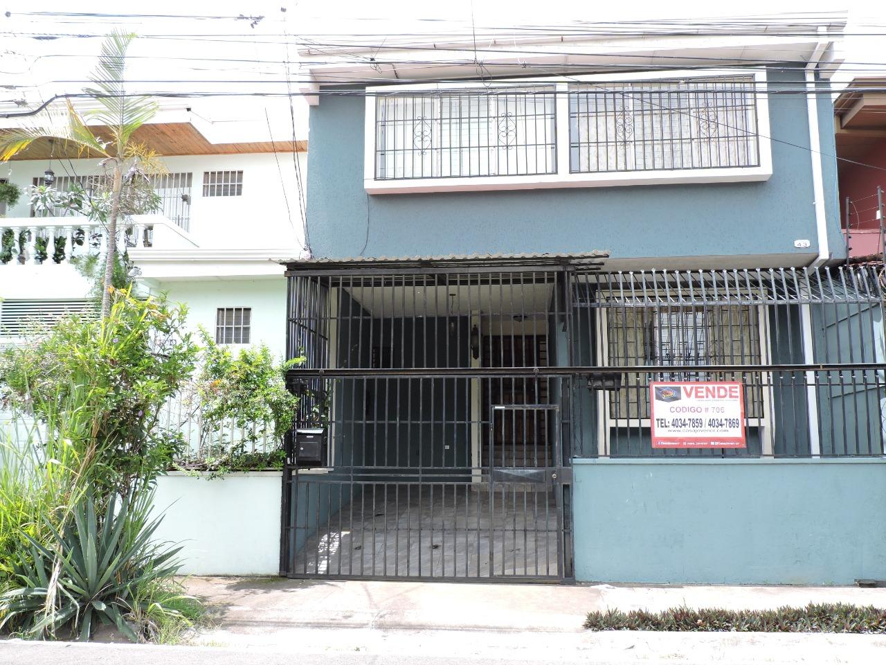 706 Se Vende Casa independiente en Trejos Montealegre