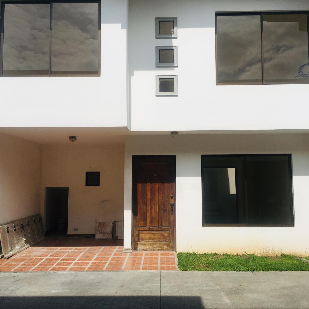 2516 Bello Apartamento dentro de Condominio en la Uruca,  Se aceptan mascotas