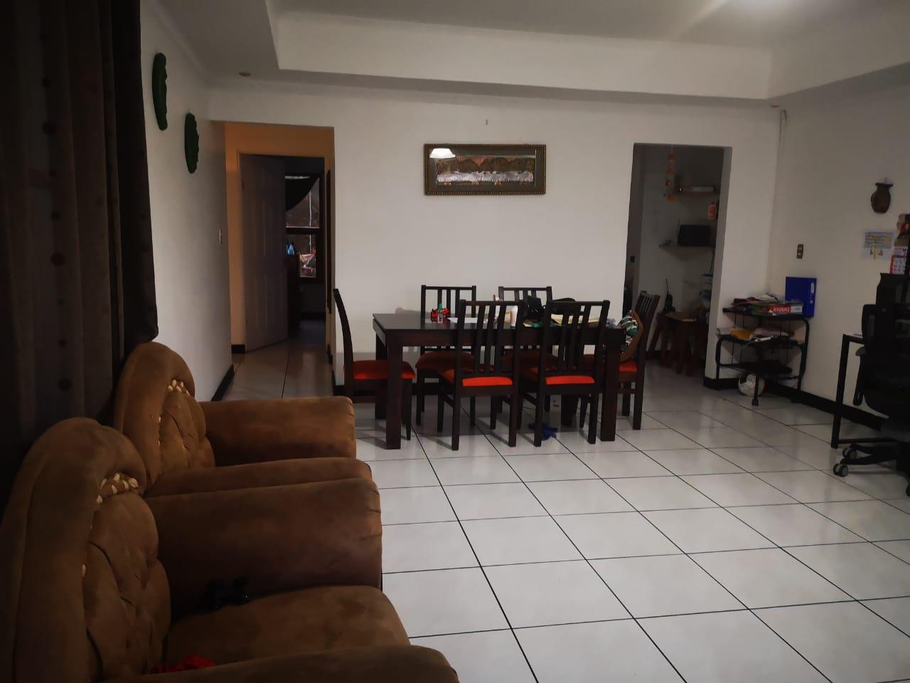 2517 Se vende condominio en Sabana Sur