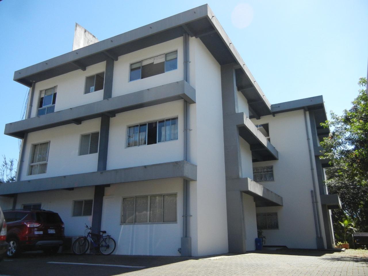 2547 Se Alquila Apartamento en La Uruca