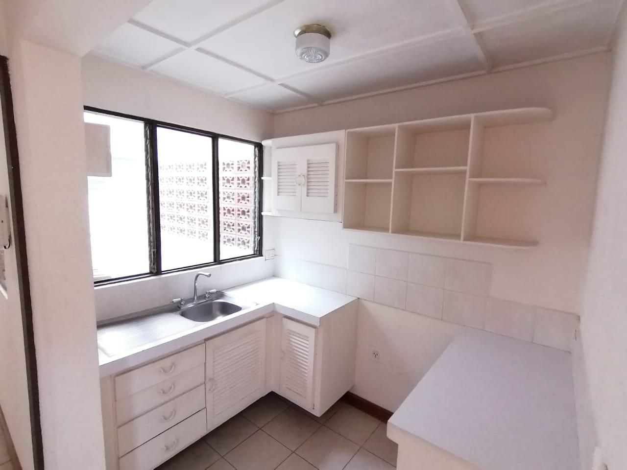 2545 Apartamento en planta baja en Nunciatura