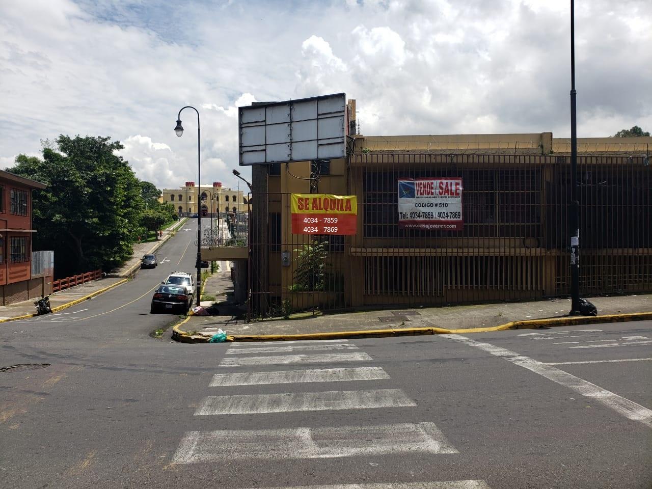 510 Se Vende Edificio Comercial cerca del museo de los niños