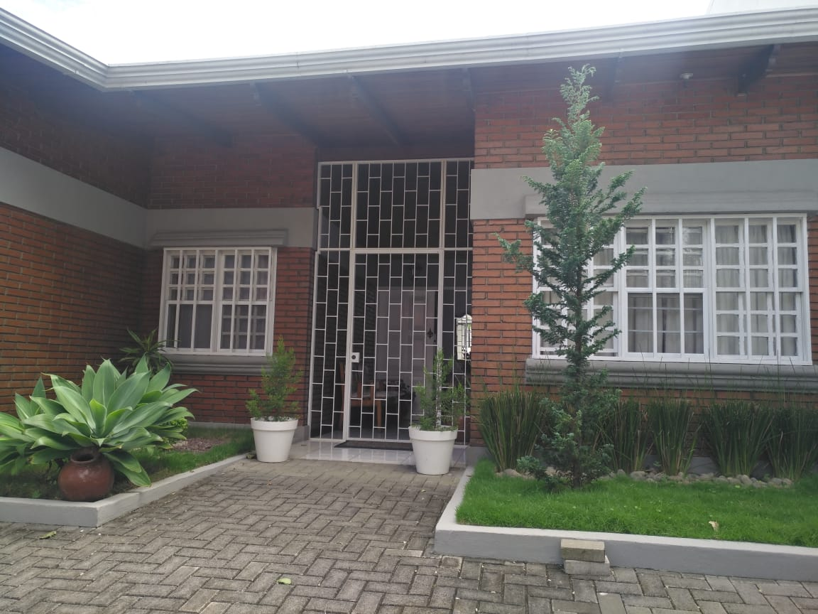 2603 Se Vende Casa en La Uruca