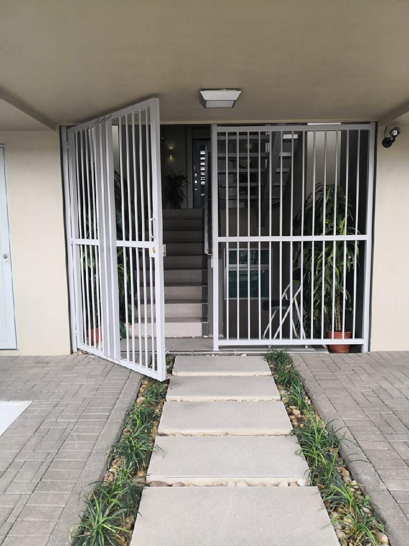 #2688 Se Alquila Apartamento en Curridabat.