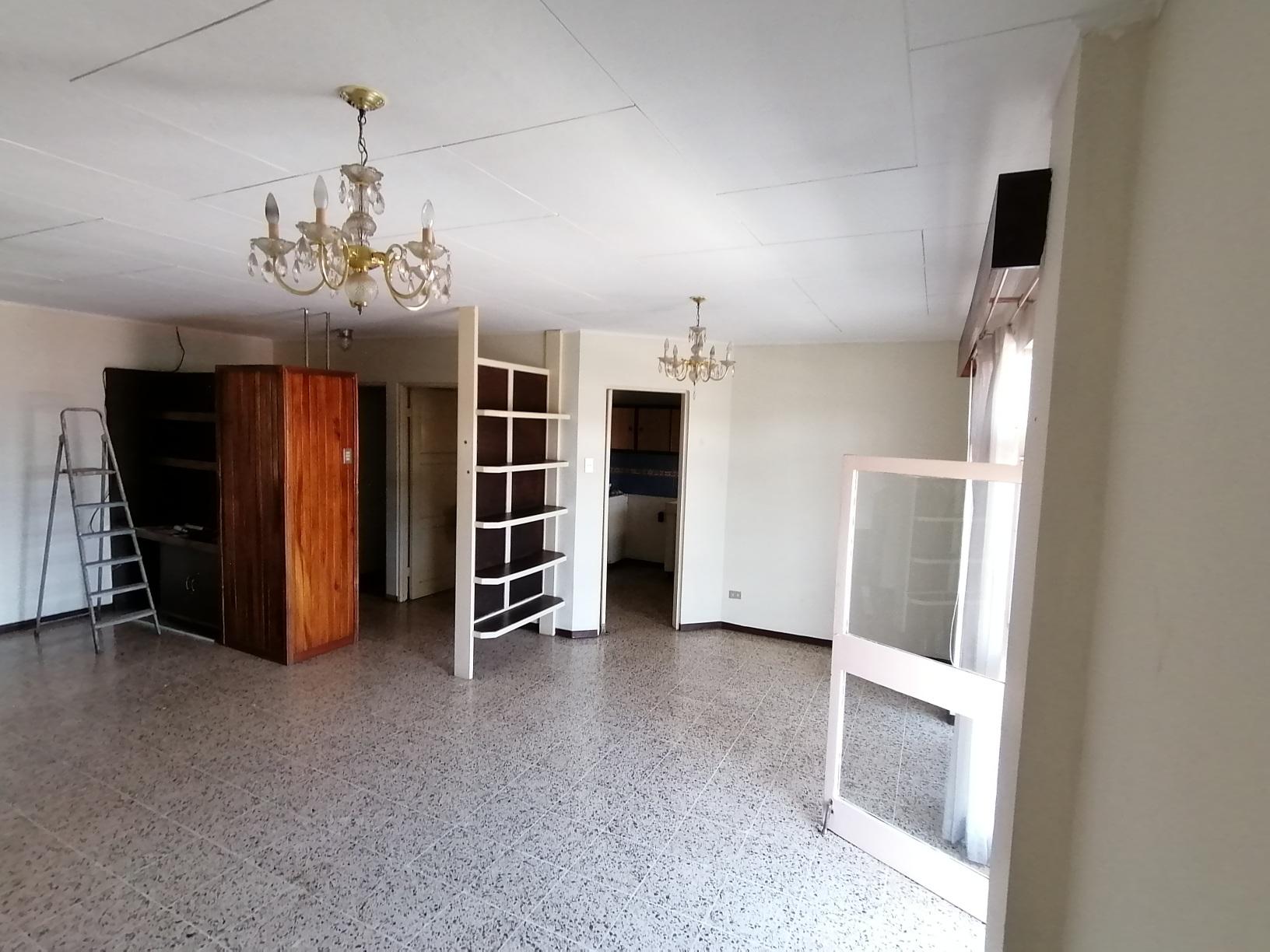 2632 Se Alquila apartamento en Rohrmoser