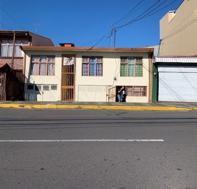 2663 Se Venden apartamentos en Barrio Corazon de Jesus en Heredia