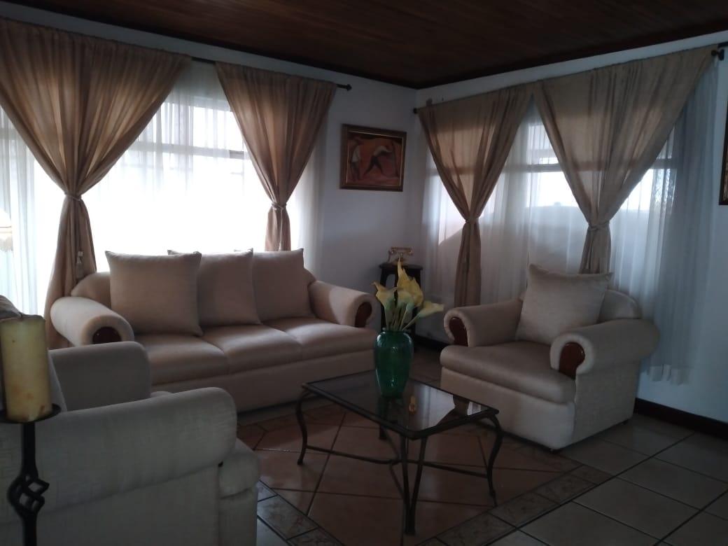 2748 Se vende casa en San Pablo de Heredia