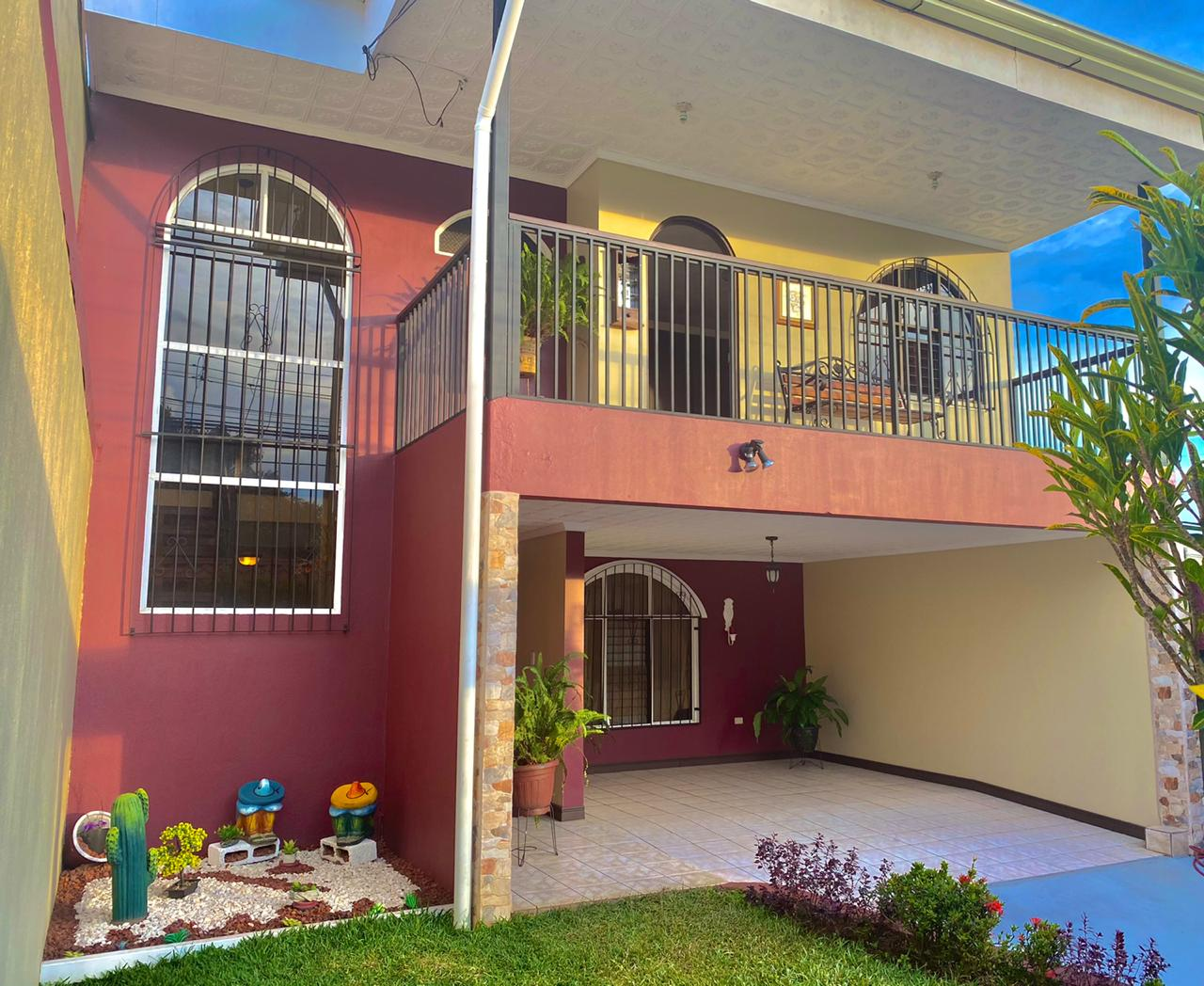 750 Casa a la Venta en San Joaquín de Flores Heredia