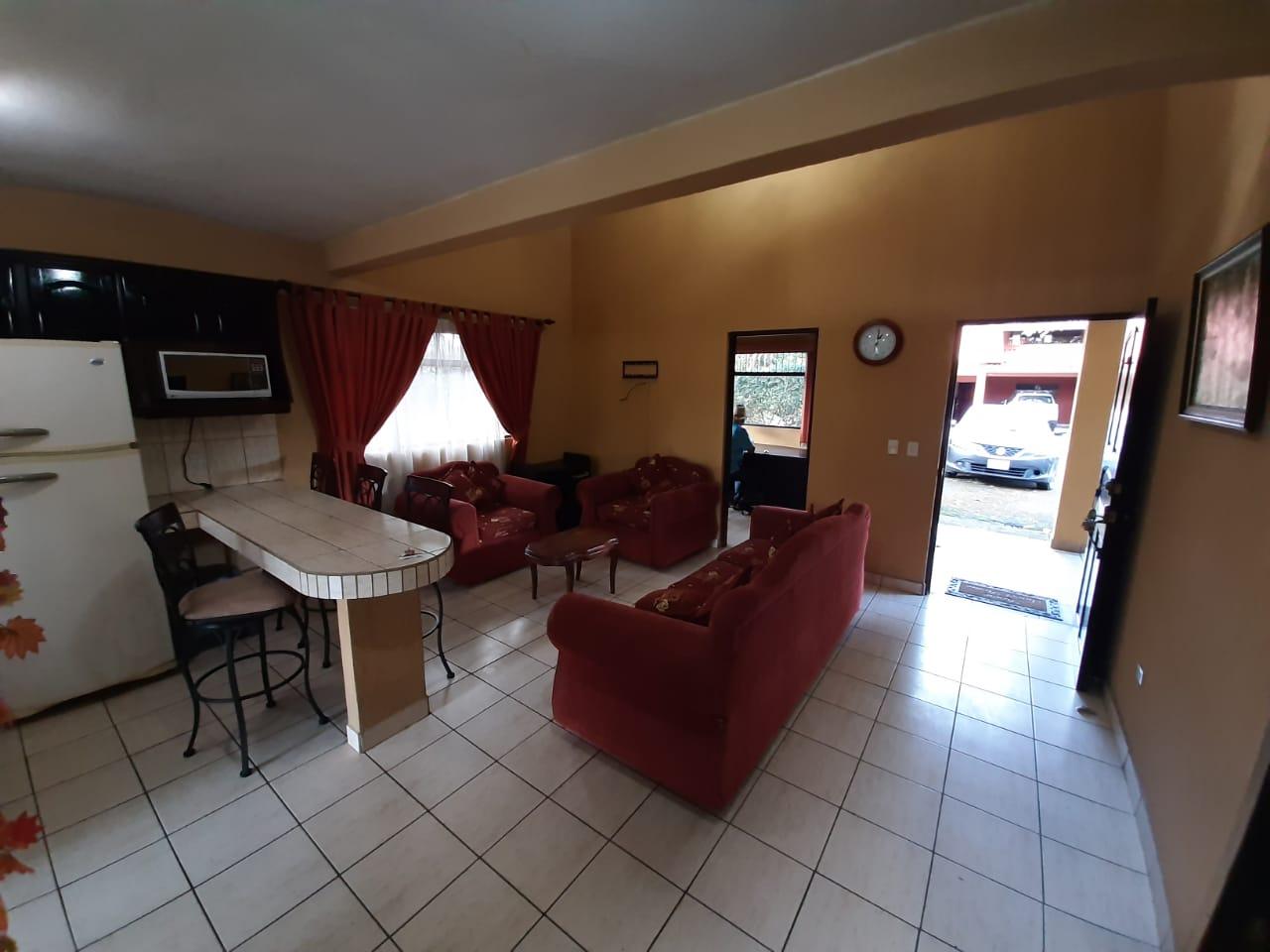 2788 Se alquila casa en Villa Roma, San Rafael de Heredia