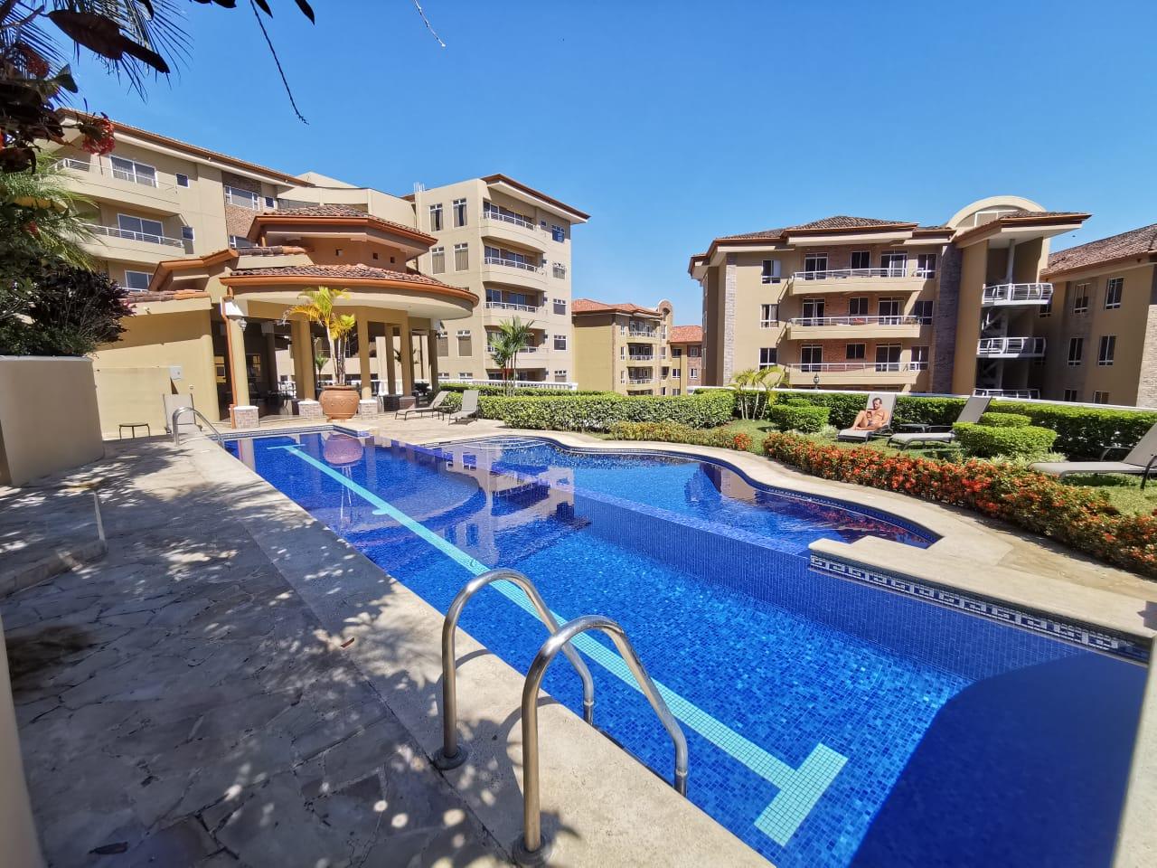 2858 Se Alquila apartamento en San Rafael de Escazú.
