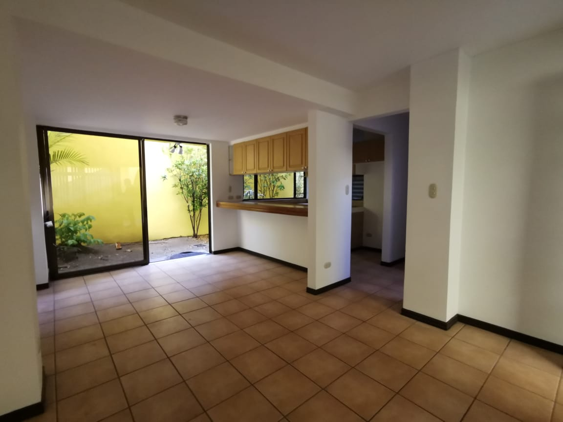 2865 Se Alquila Apartamento en Rohrmoser