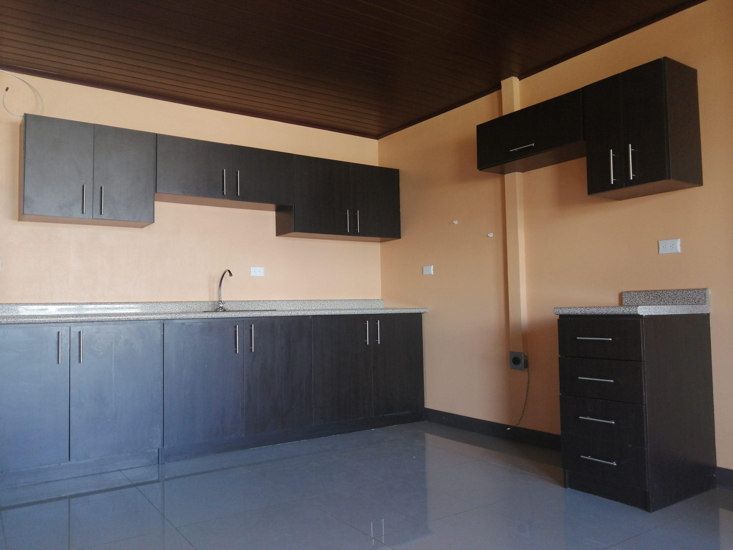 2976 Se Alquila apartamento en La Uruca