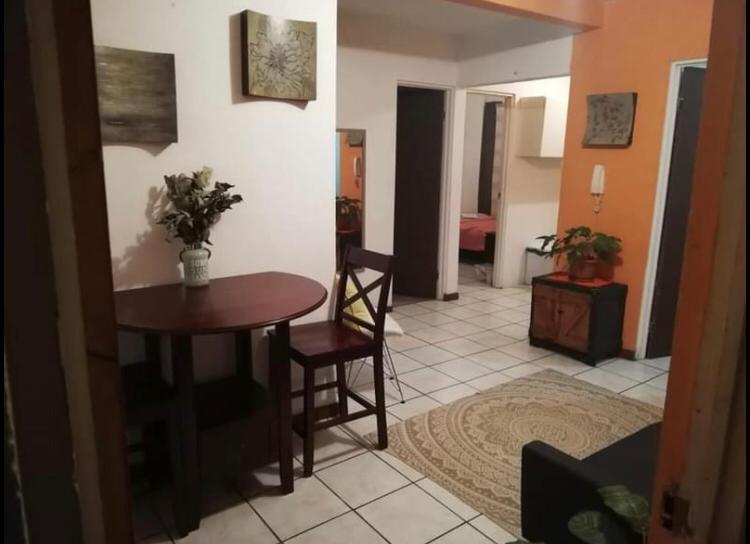 2928 Se Alquila apartamento de 2 habitaciones en Guadalupe