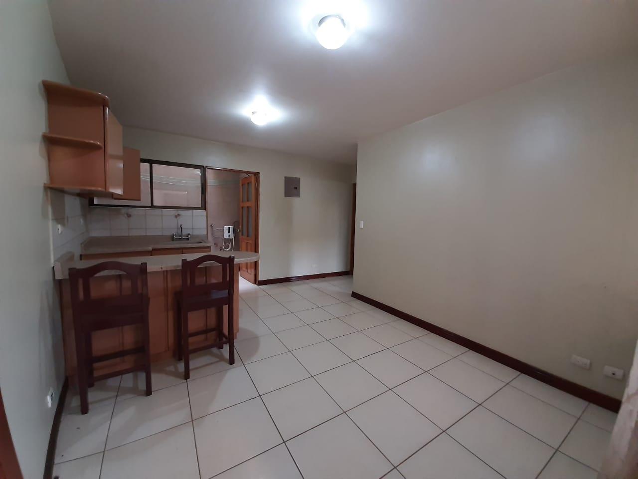 2920 Se alquila apartamento en San Rafael de Escazú