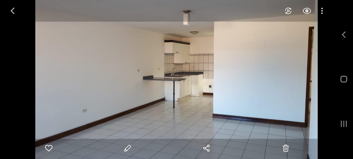 2965 Se alquila apartamento en Rohrmoser