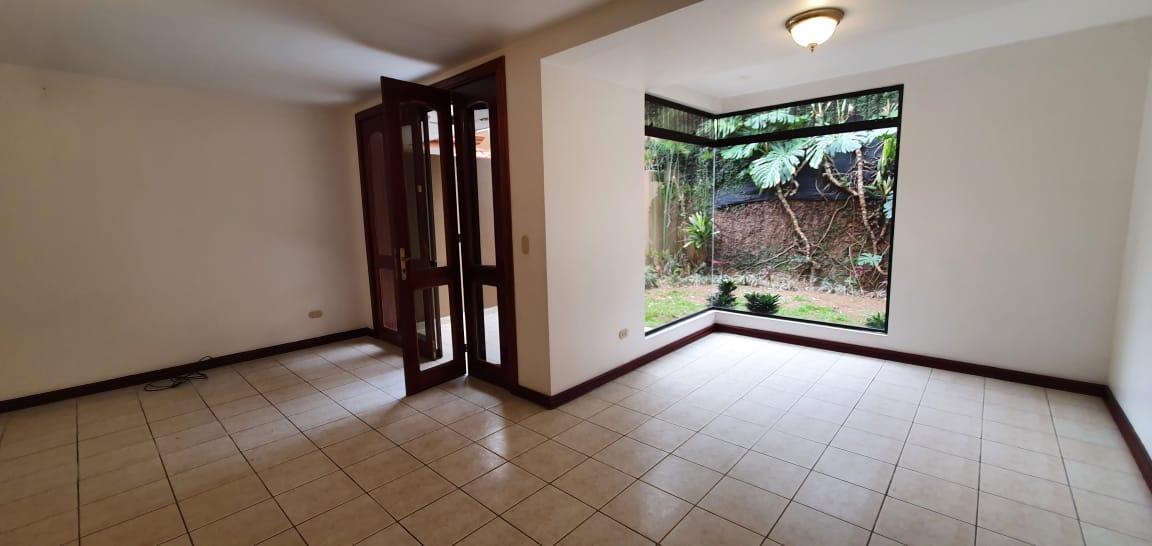 3076 Alquiler  de apartamento en Curridabat.