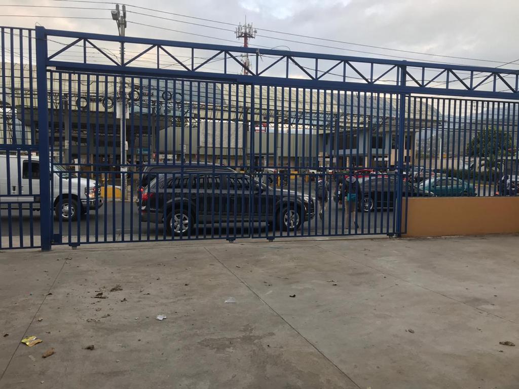 3085 Alquiler local comercial en Desamparados .
