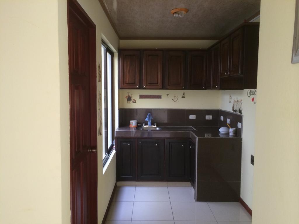 3130 Se alquila apartamento en La Uruca cerca del PANI
