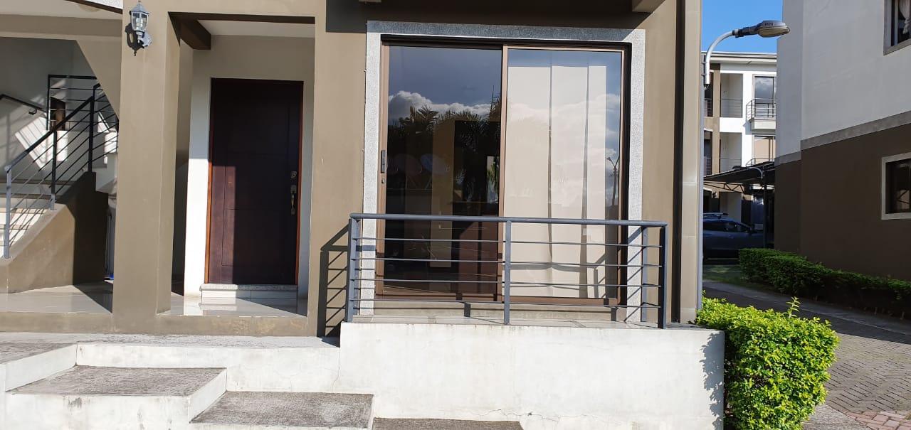 3095 Alquiler de apartamento en  Heredia Ciudad Cariari.