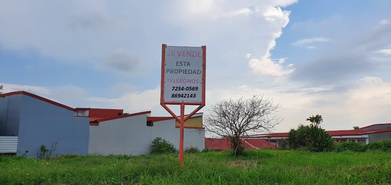 3133 Se vende lote en Heredia.