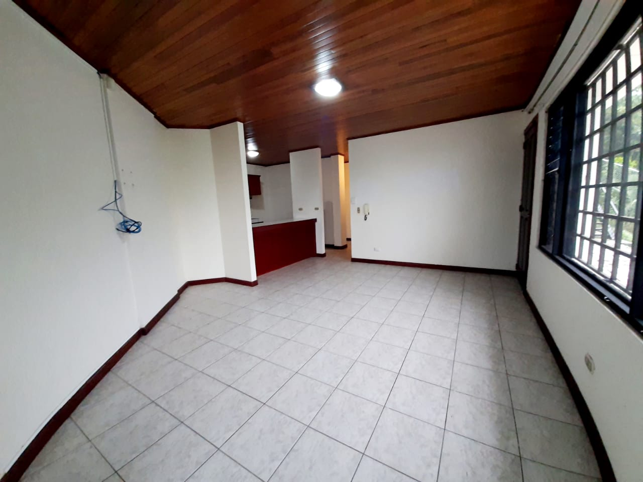 3187 Se Alquila apartamento en San Antonio de Escazú