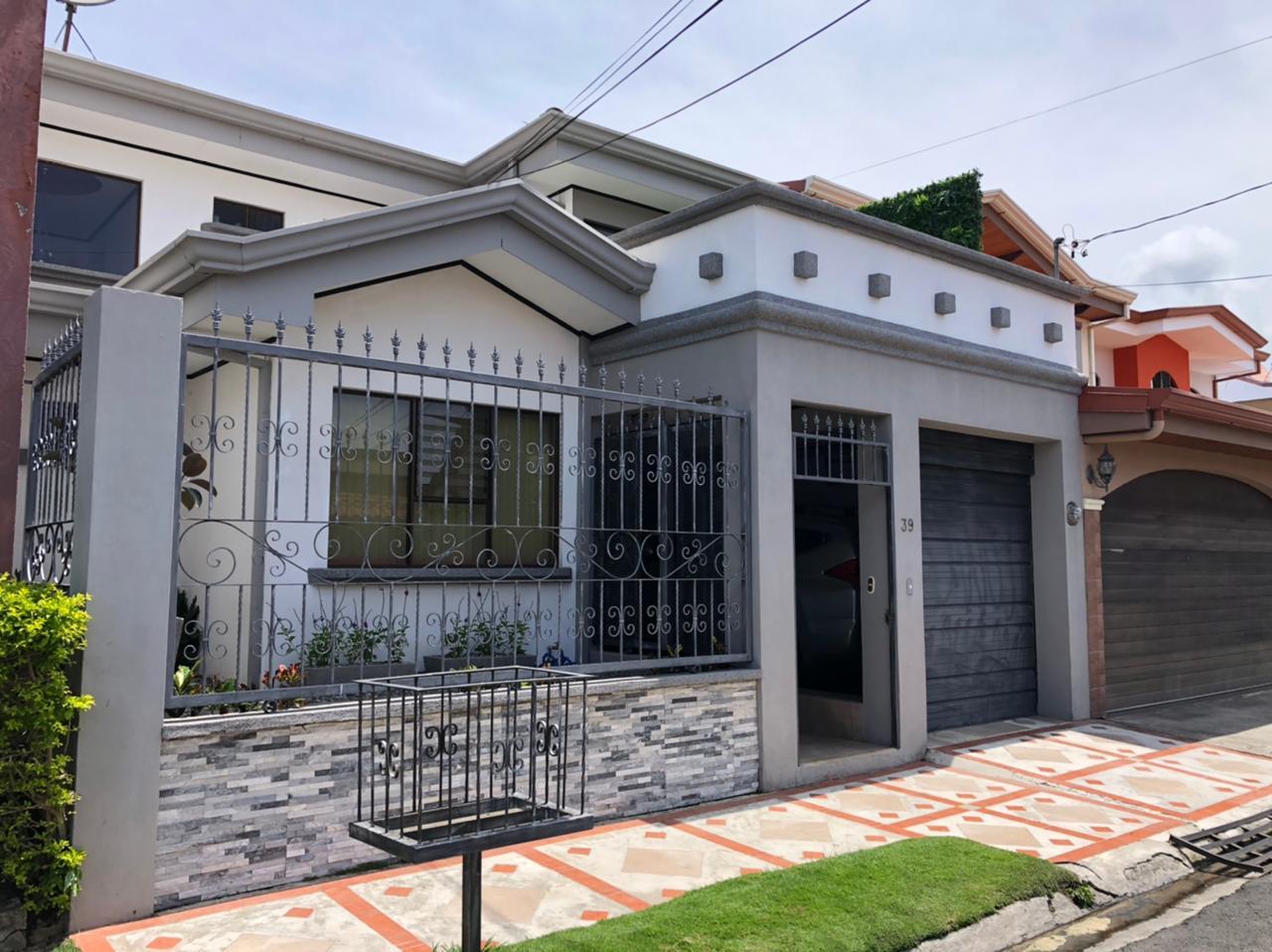 3193 Se vende Casa en San Pablo