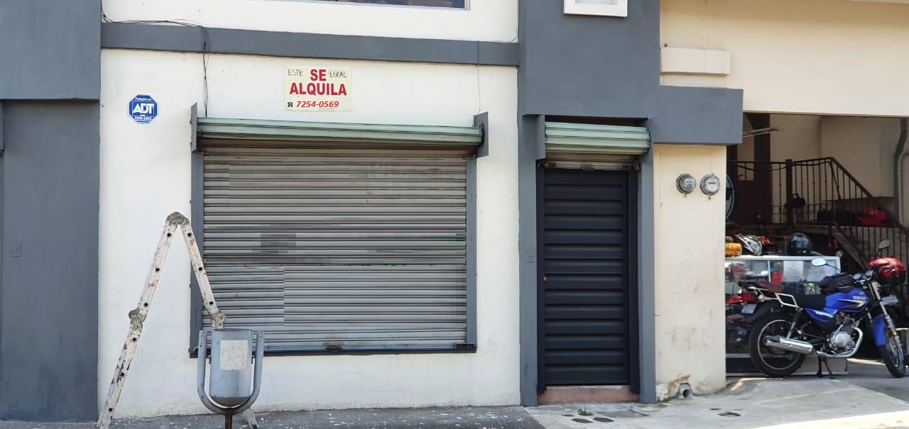 3154 Se alquila local en Heredia centro.
