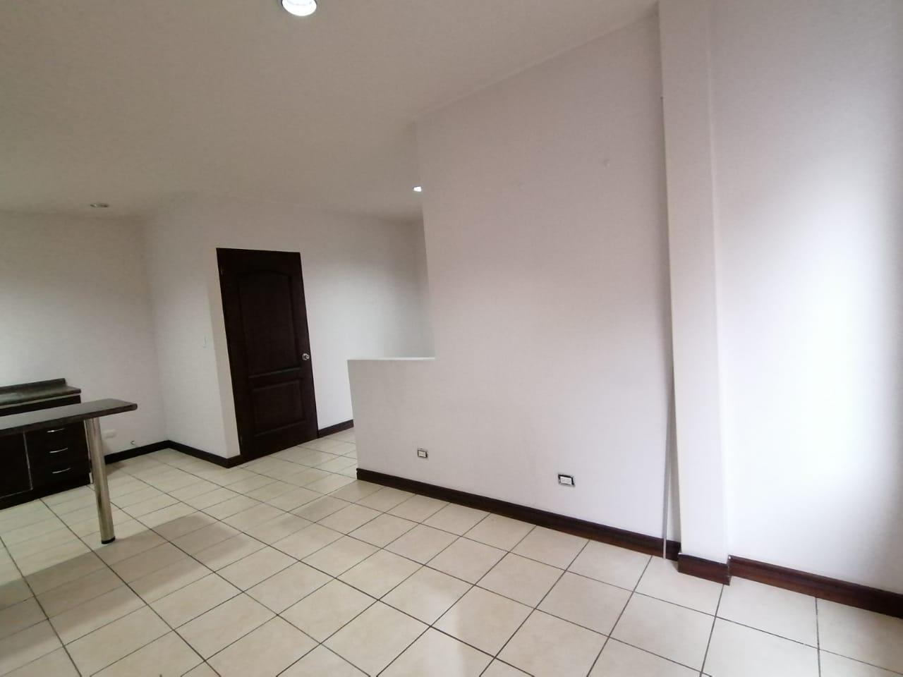 3173 Se Alquila Apartamento De 2 Habitaciones En Rohrmoser