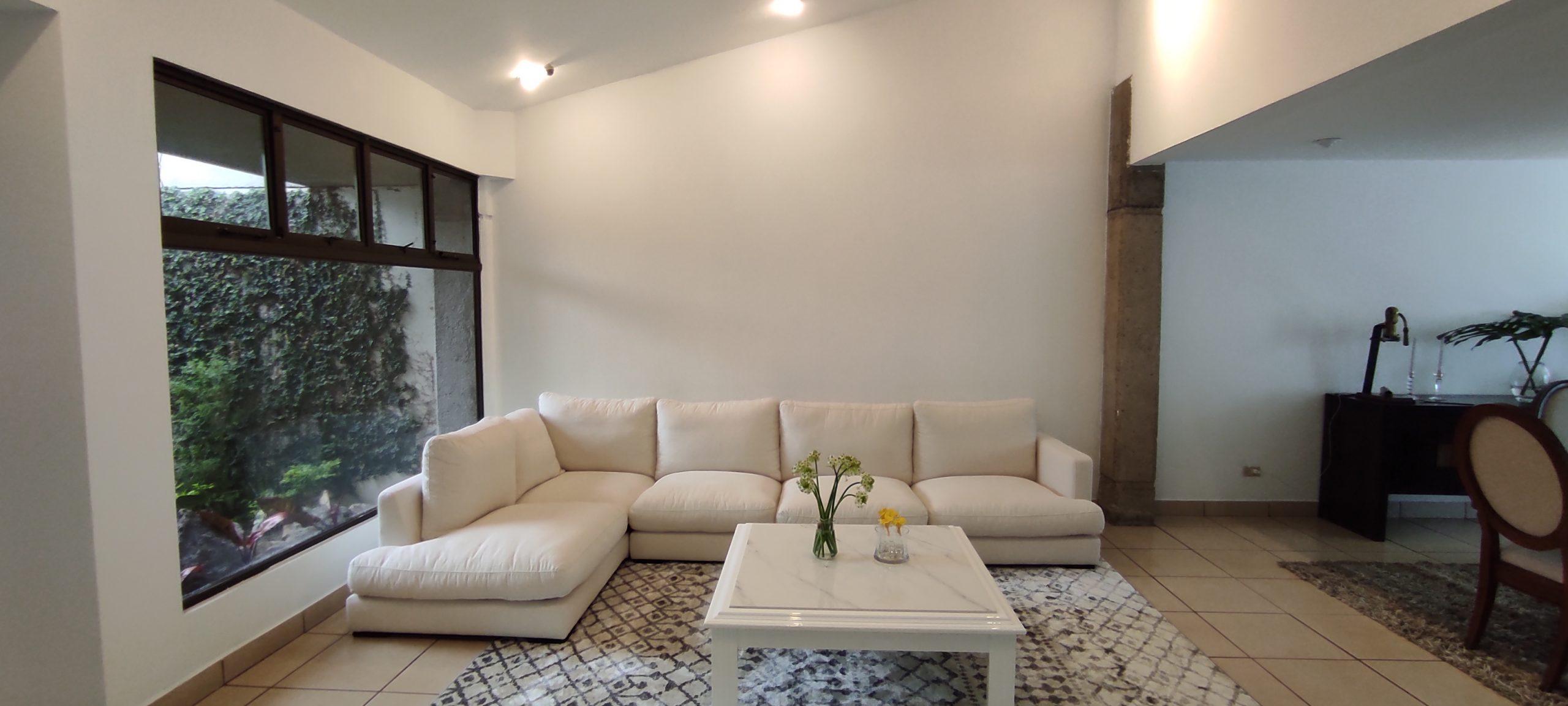 #3234Se Vende Hermosa Casa en Los Laureles Escazú